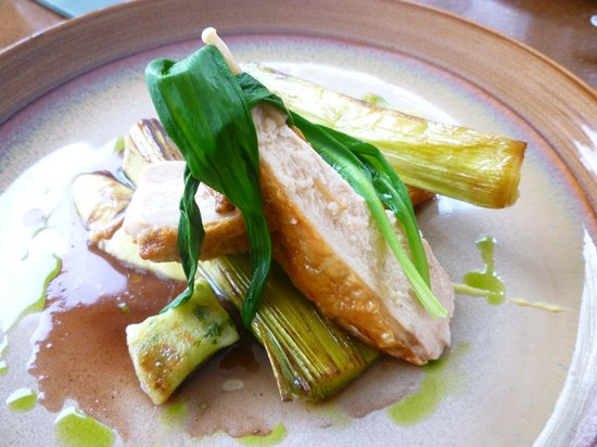 The Restaurant at The Cottage in the Wood: Goosnargh chicken breast