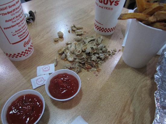 Five Guys: Peanuts everywhere!!!