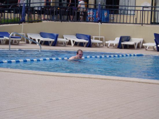 Swimming Pool Picture Of Plaza Real Atlantichotels Praia Da Rocha Tripadvisor