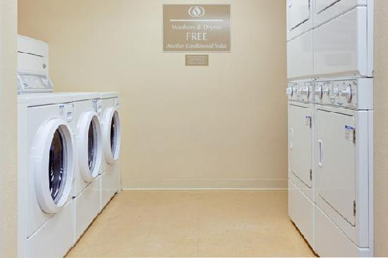 Candlewood Suites Secaucus: Complimentary Guest Laundry