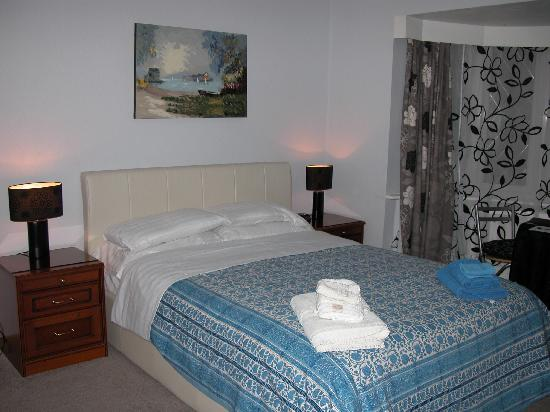 Bexhill Bed and Breakfast: Ensuite room six