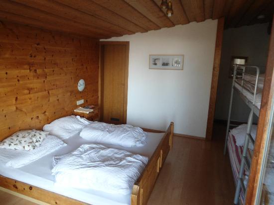 Sportpension Mountain High: nice room