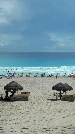 Playa Delfines: Beach Front