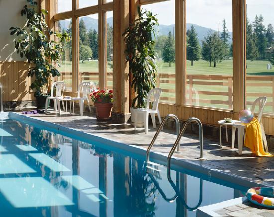 Grouse Mountain Lodge: Pool