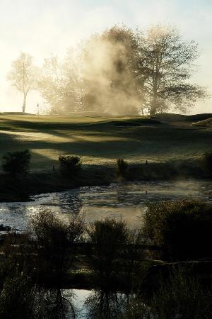 Rotorua Golf Club - Arikikapakapa Course: Morning dew at the Rotorua Golf Club