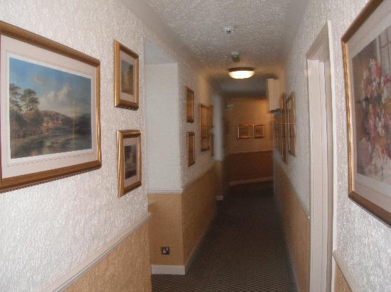 Budock Vean Hotel: Hallway