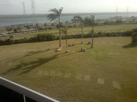 Radisson Blu Hotel, Alexandria: Lake