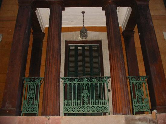 Sorrel Weed House: Front Door