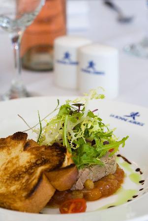 Season's Restaurant: Food