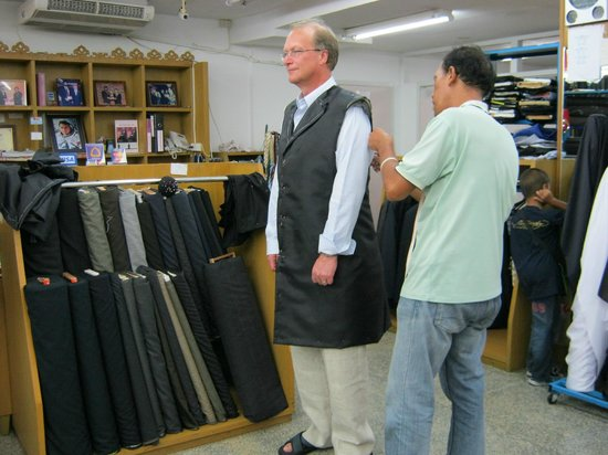 Narry Tailors: made to measure shirts