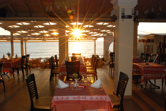 Sea Breeze Restaurant