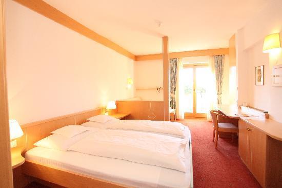 Hotel Hirzer: Appartement-Stilzimmer