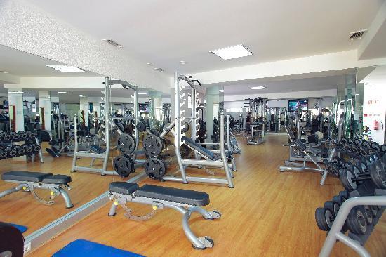 Browns Sports & Leisure Club : Gym