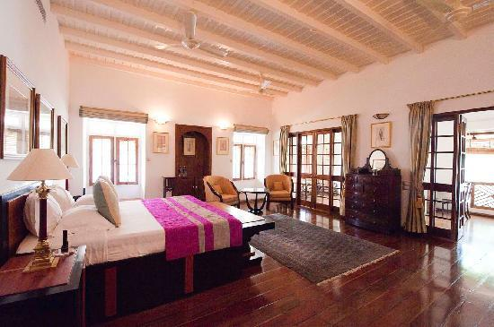 Neemrana's Le Colonial : Viceroy- a grand room at Le Colonial