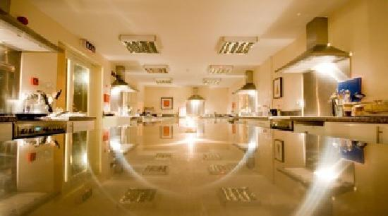 Inspired Gourmet Cookery School : Our fabulous kitchens - for up to 30 people