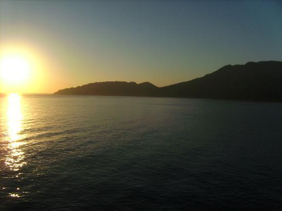 A Paradise Cove Escape and Haitian Village Experience: daybreak @ haiti