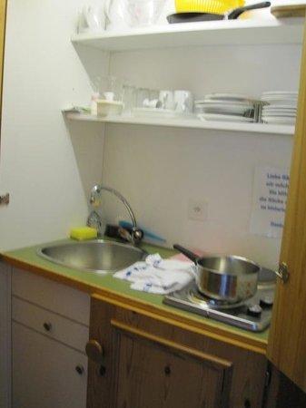 Muller's Posthotel: Kitchen