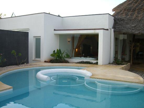 Diamonds Star of the East: piscina villa 4