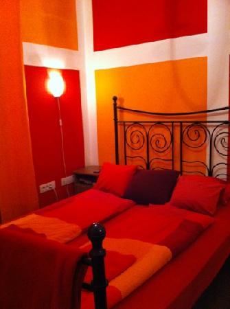 Fluxus Hostel: Fluxus likes IKEA :o)