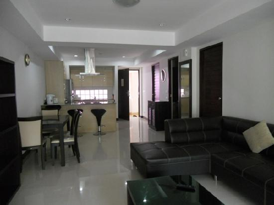 PHV Condos: 2 bedroom - Kitchen,Dinning, Living open plan