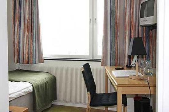 Flyghotellet Bromma: Guest Room