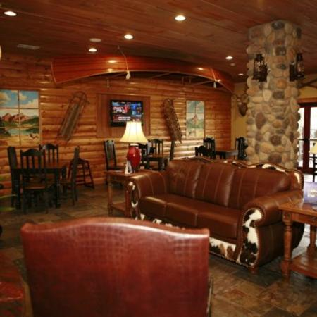The Inn at Circle T: Breakfast Room