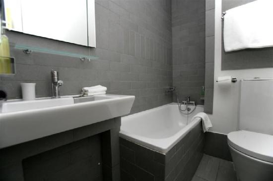 Hotel Una: Standard Double Bath (Large )