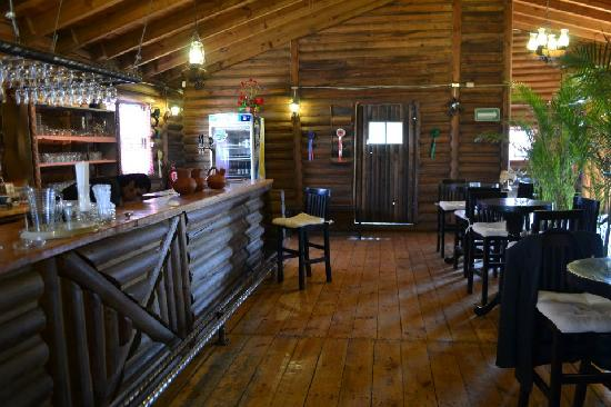 Canas & Barro: nuestro bar