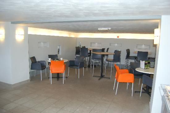 The View Cafe: Seating area