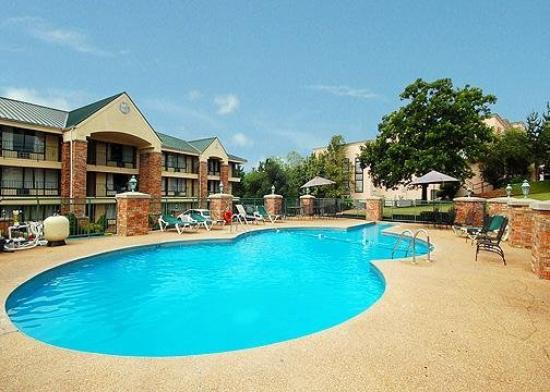 Quality Inn On the Strip: Pool