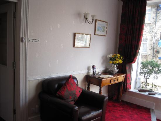 Colebrooke House: Reception