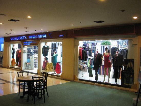 ShowUserReviews g d r Landmark Hotel Bangkok.