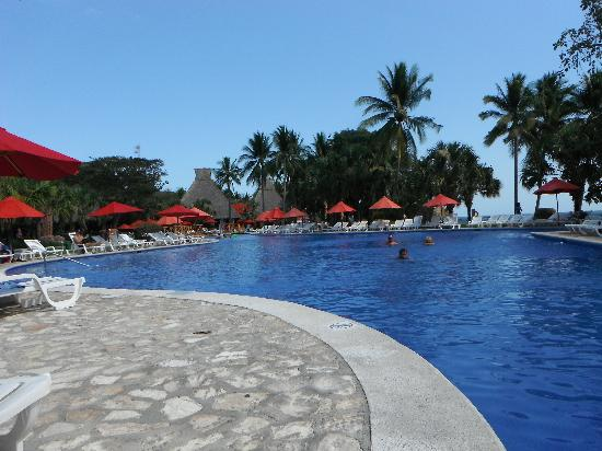 Royal Decameron Salinitas: One of the pools by building 4!