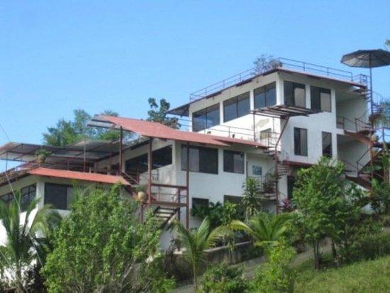 Villas Jacquelina: Building