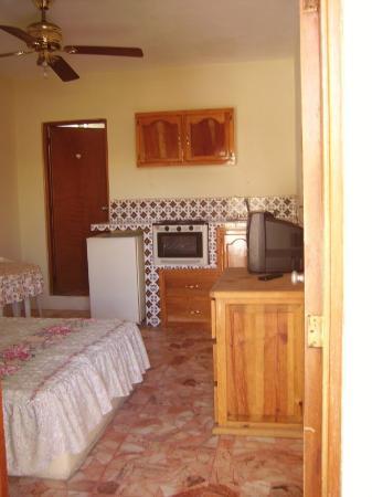 Hotel Suites Las Nereidas: Guest Room
