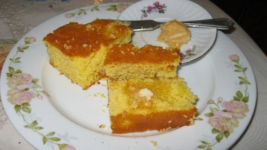 Cotillion Southern Cafe: Corn Bread with Dinner