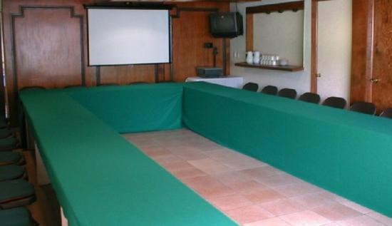 Plaza Morelos: Meeting room