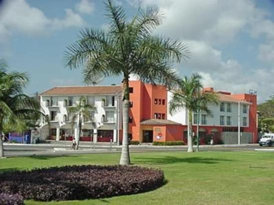 Gran Hotel Huatulco: Exterior