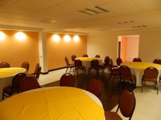 El Cason Hotel and Suites : Meeting