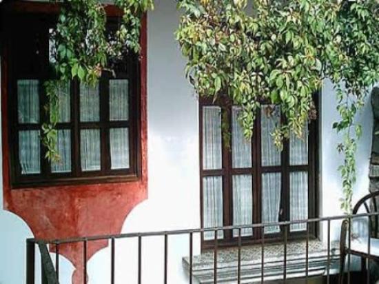 Hotel Casa Noble: Exterior