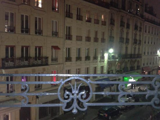 Hotel Audran: vue depuis la fenêtre de la chambre