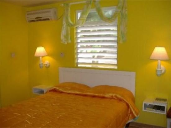 Sunflower Beach Resort Villas: Guest Room