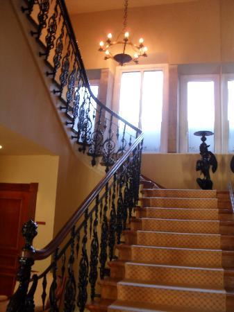 Gran Hotel Pelayo: Escalera de subida a las habitaciones