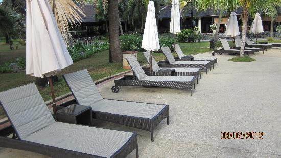 Vivanta by Taj Rebak Island, Langkawi: by the pool