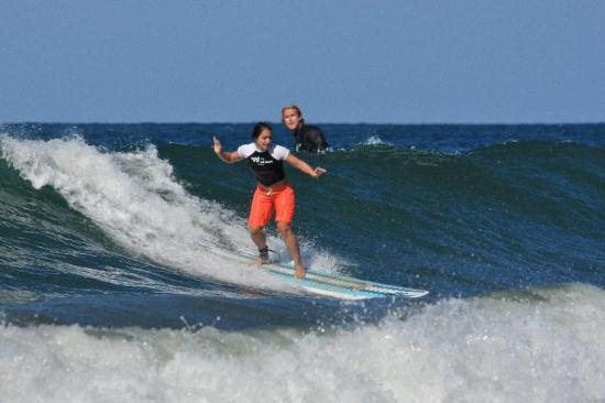 Surf Simply: Nikki got the hang of it...