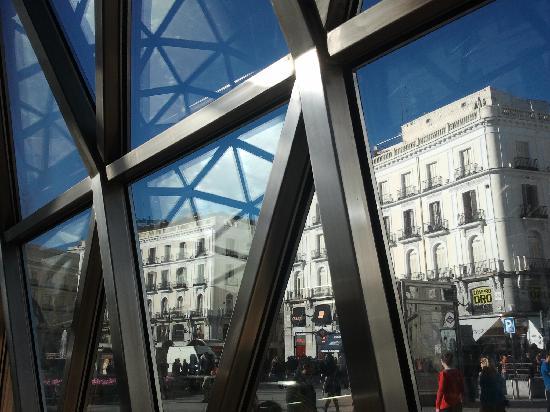 Puerta del sol picture of madrid community of madrid for Parking puerta del sol