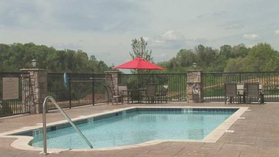 Hampton Inn & Suites Sevierville @ Stadium Drive: Recreational Facilities
