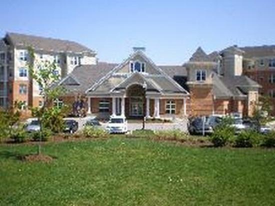 Oakwood at Concord Park: Exterior