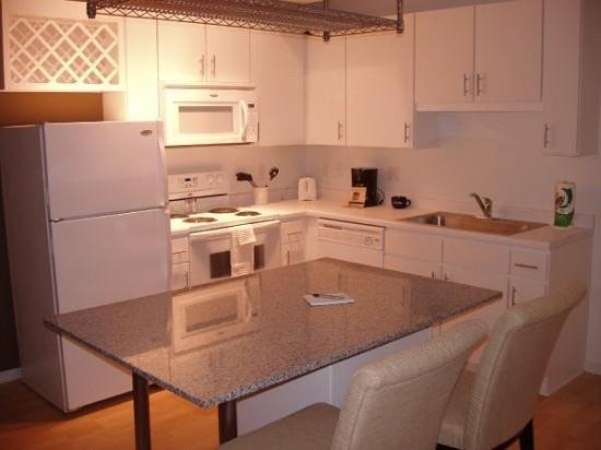 Eitel Building: Kitchen