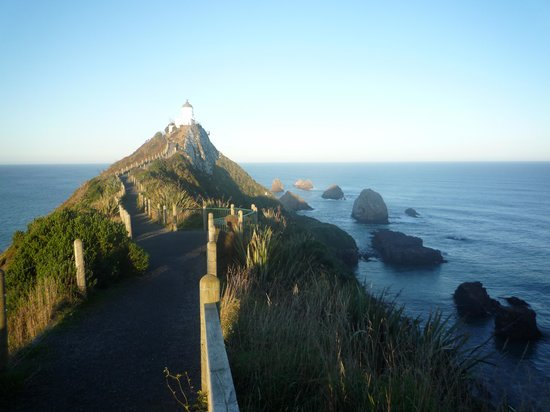 Nugget Point: the lighthouse
